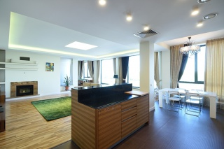арендовать 4-комнатную квартиру на Песочной наб. С-Петербург