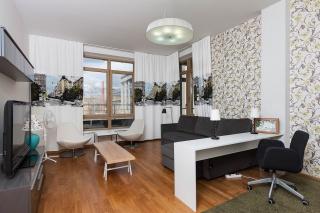 арендовать 4-комнатную квартиру в историческом центре С-Петербург